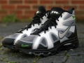 Nike Air Max Griffey Fury新配色发布 (3图)